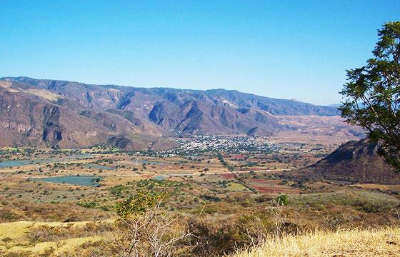 Jala y Sierra Madre Occidental-Editada-Christian Frausto Bernal-http://bit.ly/1QsFYVo-Flickr