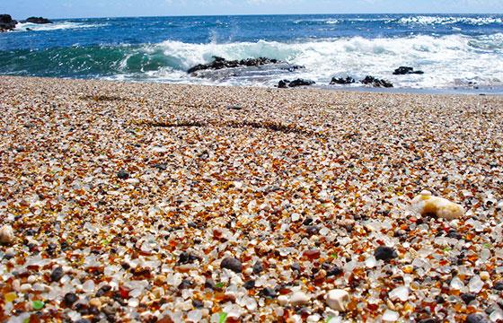 glass beach-Editada-Eric Lin-http://bit.ly/1M6Kg9O-Flickr