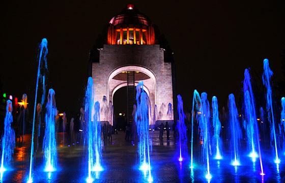 Blue fountains-Bex Walton-Flickr
