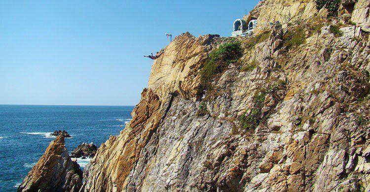La Quebrada, Acapulco-Editada-Jorge Nava-http://bit.ly/2agDADU-Flickr
