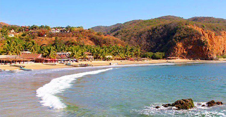 Playa Azul, Michoacán