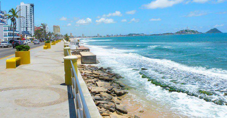 Flickr-Mazatlan Waterfront-Paul Hamilton-editada-http://bit.ly/2hobazC