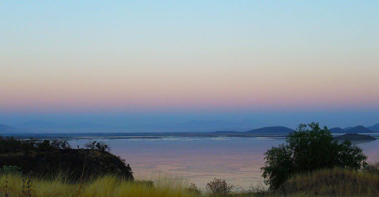 Ocaso en lago Cuitzeo