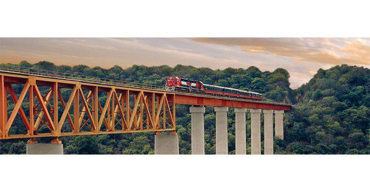 Tren Chepe por barrancas del cobre