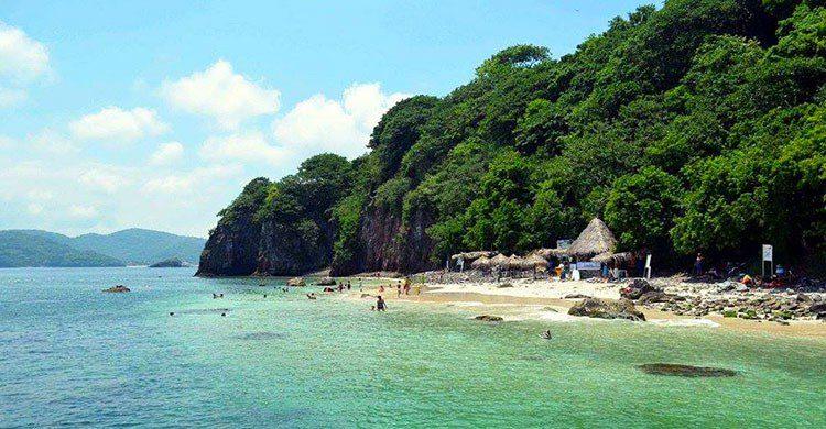 isla-coral, mar azul, vacaciones, escapada, naturaleza, descanso