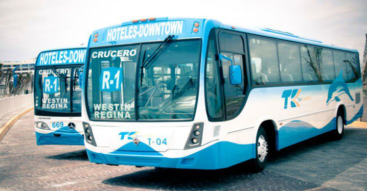 Imagen del transporte público en Cancún