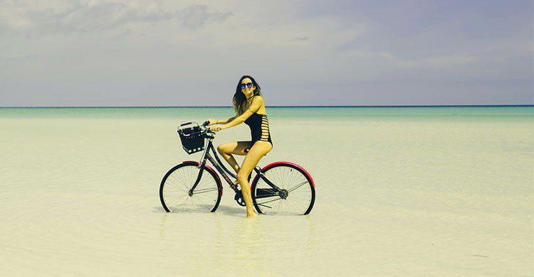 Paseo en bici por Holbox