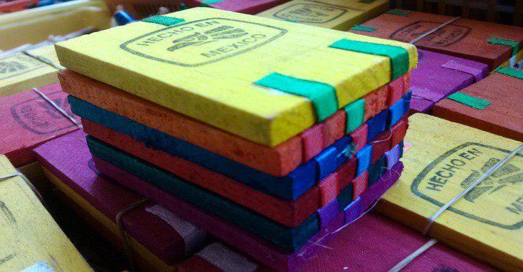 Juguete mexicano tablitas de madera de colores