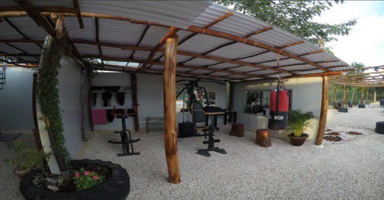 Gimnasio pequeño en Eco Camping Valladolid